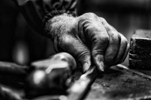 """Outros/""""A mão é o lado afiado da mente"""""""