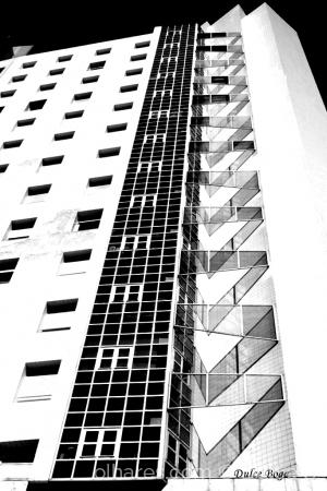 Arquitetura/linhas geométricas