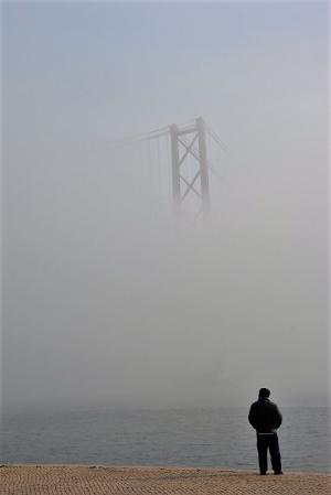 Fotografia de Rua/A furar a neblina