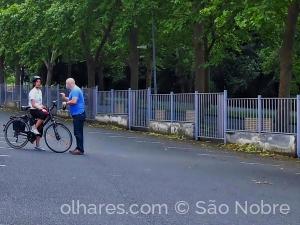 Fotografia de Rua/Á Conversa