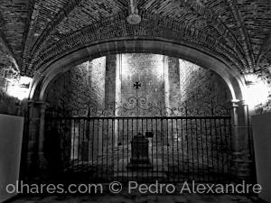 História/Mosteiro de Flor da Rosa