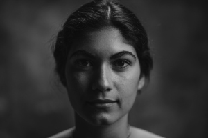 Retratos/Olhar em frente