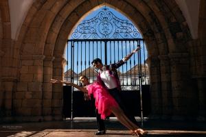 Retratos/Danças de Salão Latinas
