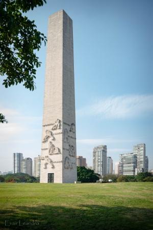 Arquitetura/Obelisco aos Heróis de 32