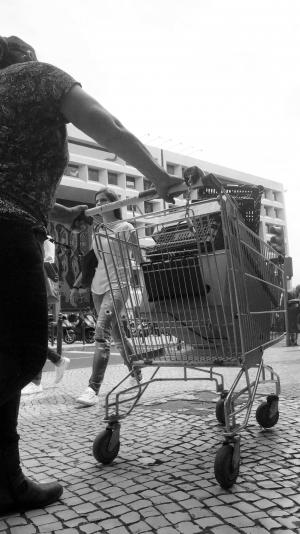 Fotografia de Rua/Mulher em trânsito