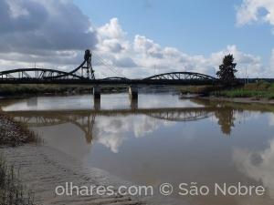 /Reflexos da Ponte