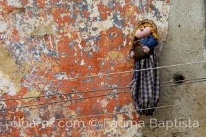 Outros/Pelas paredes esquecidas da cidade