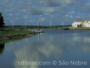 /Ponte Pedonal Alcácer Do Sal