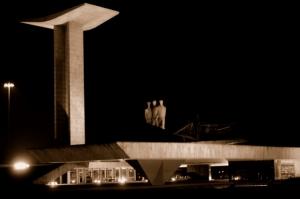 Paisagem Urbana/Monumento a II Guerra