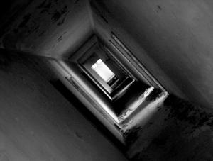 Abstrato/into the [deep] light