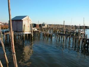 /Porto pescatoório no rio sado