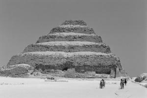 /Pirâmide...