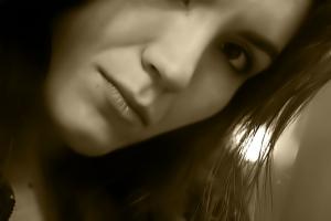 Retratos/olhar através do espelho