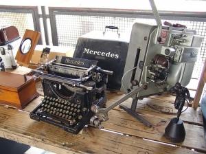 Fotojornalismo/Máquina de Escrever