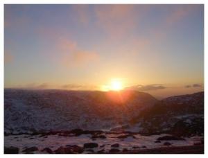 /Quando o Sol toca a montanha!