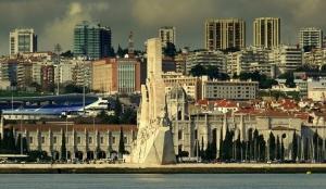 Paisagem Urbana/ Sobre  Lisboa .....