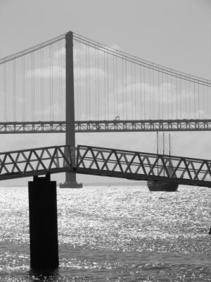 Outros/A Ponte é uma Miragem?