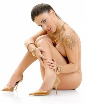 /Monica Mattos 05