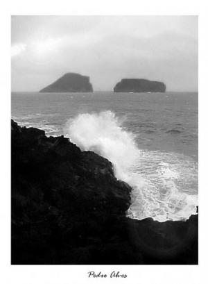 /O mar entre os dois...