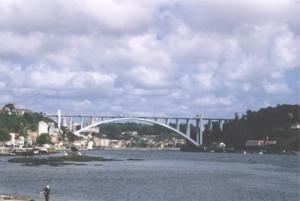 Outros/Atravessar o Douro