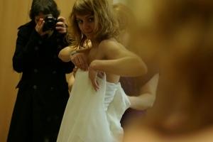 Outros/Noiva na prova do vestido de casamento