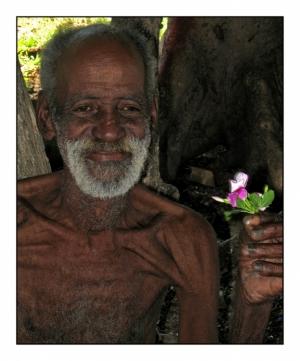 Gentes e Locais/Um sorriso e uma flor