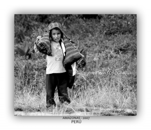 Fotojornalismo/NIÑO DE COCACHIMBA