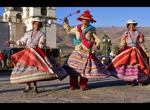 """Gentes e Locais/""""Danças do Peru..."""""""