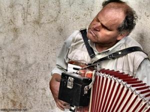 /A Música Sente-se...