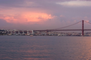 Outros/Lisboa ao anoitecer 2