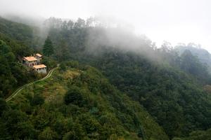 Gentes e Locais/Ribeiro Frio Cottages...