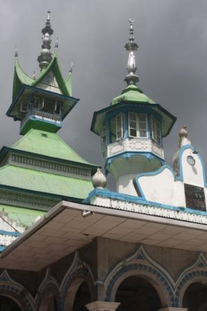 Paisagem Urbana/Mesquita ao estilo Minang
