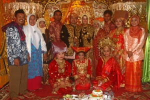 Gentes e Locais/Casamento muculmano