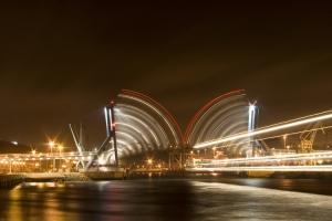 /Enquanto o Navio Passa... e a Ponte Baixa...