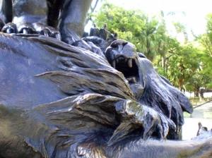 Outros/Briga de leões ...