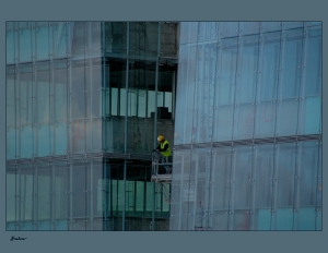 Gentes e Locais/Operário em construção