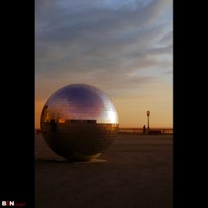 /813 . Esfera...