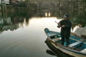 Gentes e Locais/Pescando no rio...