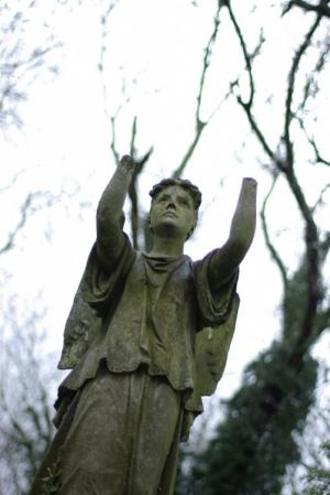 Outros/Nunhead Cemetery