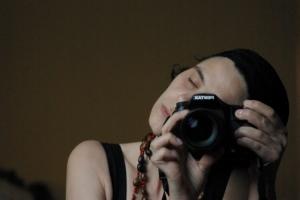 Retratos/Sofia ao espelho