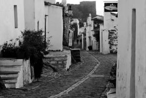 Gentes e Locais/Rua de Monsaraz
