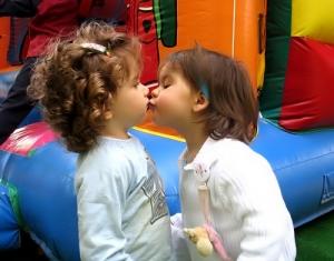 /O beijo de uma criança