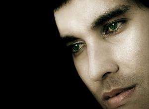 """Retratos/""""Convencem-se Os Olhos De Que A Alma Não Pesa..."""""""