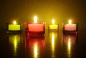 Outros/a luz de velas
