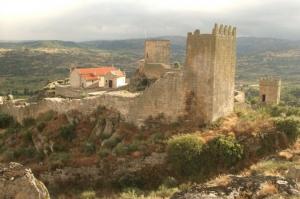 Gentes e Locais/Castelo de Marialva