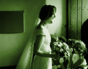 Outros/Atom Bride...