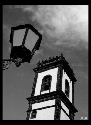/O Candeiro e a Torre