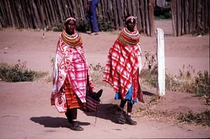 /Desfile de moda em Maralal, Quênia