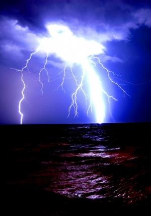 Outros/Tempestade no Adriático