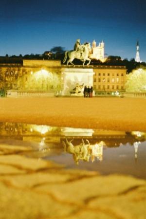 /Reflexo em Lyon